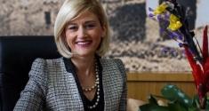 Debat i radhës me kandidaten e Alternativës Mimoza Kusari - Lila