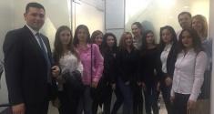 Studentët vizitojnë Raiffeisen Insurance Broker