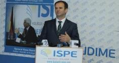 Zëvendëskryeministri Kuçi diskuton me studentët e Kolegjit ISPE idenë e unionit ballkanik